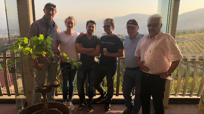 Chateau Khoury mit Rudolf Knoll, Lisa Treutmann, Janek Schumann, Peer Holm und Serge Khaled